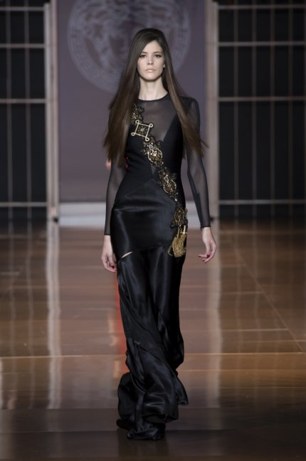 versace-milan-fashion-week-autumn-winter-2014-00048
