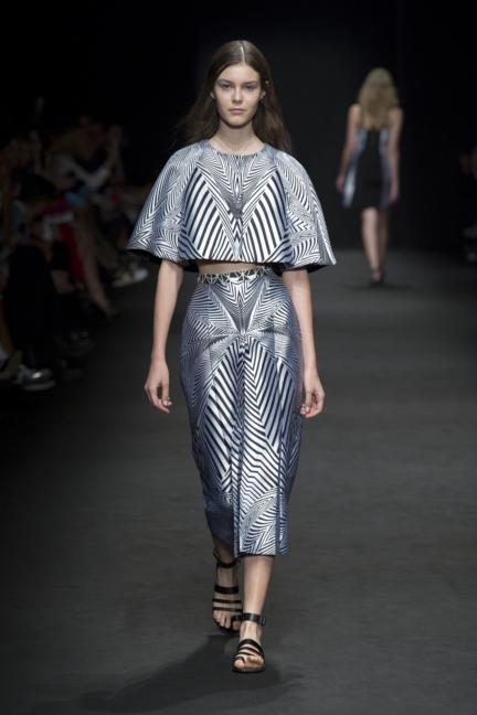 byblos-milan-fashion-week-spring-summer-2016-12