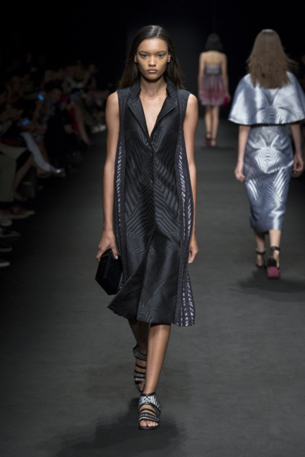 byblos-milan-fashion-week-spring-summer-2016-13