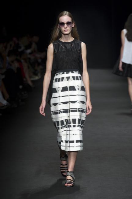 byblos-milan-fashion-week-spring-summer-2016-18