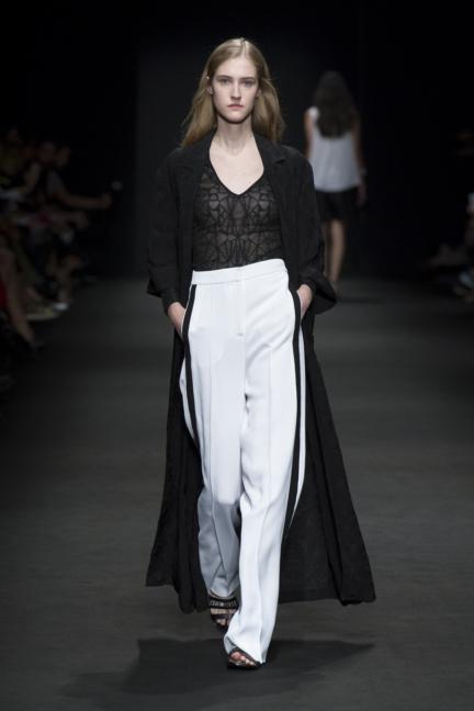 byblos-milan-fashion-week-spring-summer-2016-19