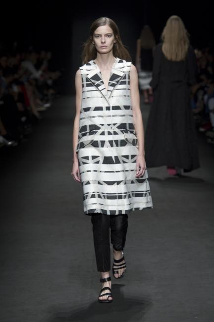 byblos-milan-fashion-week-spring-summer-2016-20