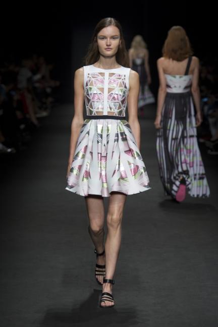 byblos-milan-fashion-week-spring-summer-2016-23