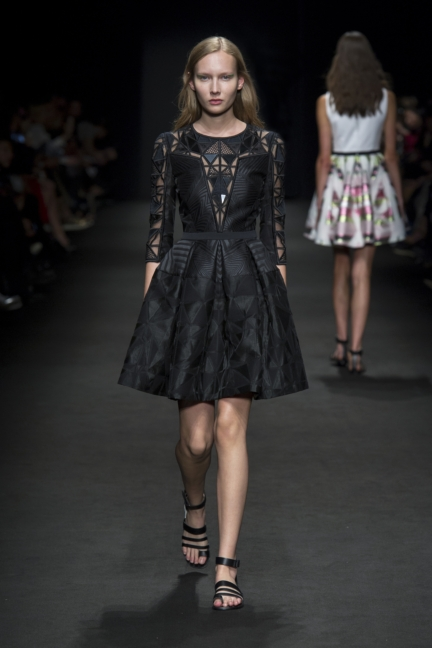 byblos-milan-fashion-week-spring-summer-2016-24