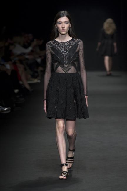 byblos-milan-fashion-week-spring-summer-2016-26