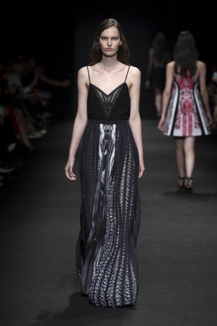 byblos-milan-fashion-week-spring-summer-2016-28