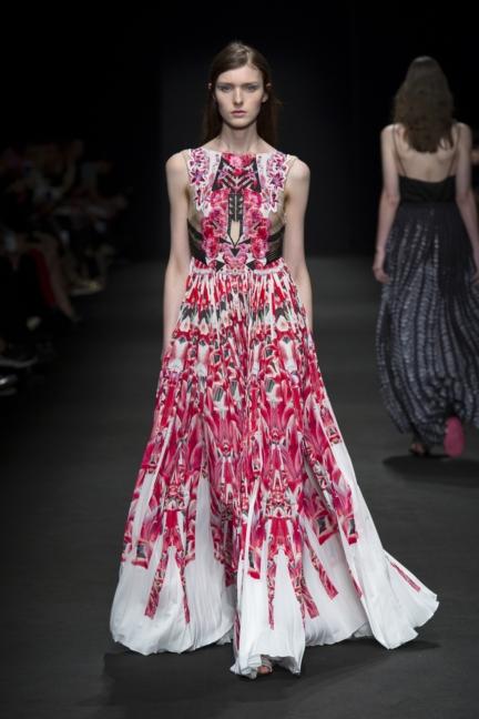 byblos-milan-fashion-week-spring-summer-2016-29