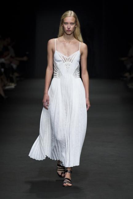 byblos-milan-fashion-week-spring-summer-2016-32
