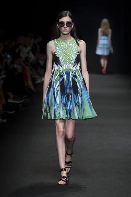 byblos-milan-fashion-week-spring-summer-2016-7