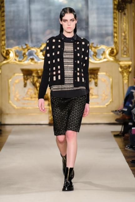 cividini-milan-fashion-week-autumn-winter-2015-2016-runway-13