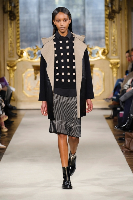 cividini-milan-fashion-week-autumn-winter-2015-2016-runway-14