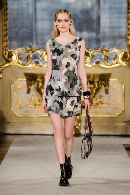 cividini-milan-fashion-week-autumn-winter-2015-2016-runway-16