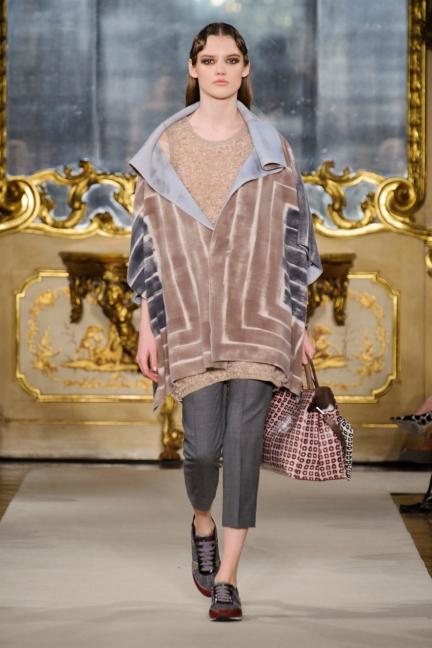 cividini-milan-fashion-week-autumn-winter-2015-2016-runway-21