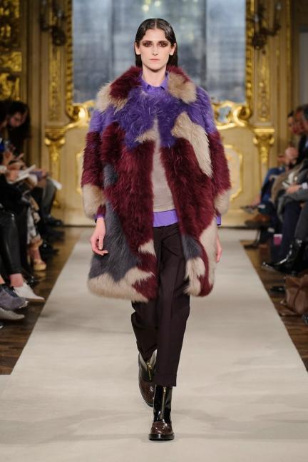 cividini-milan-fashion-week-autumn-winter-2015-2016-runway-25