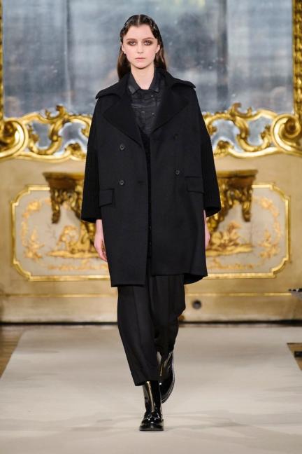 cividini-milan-fashion-week-autumn-winter-2015-2016-runway-5
