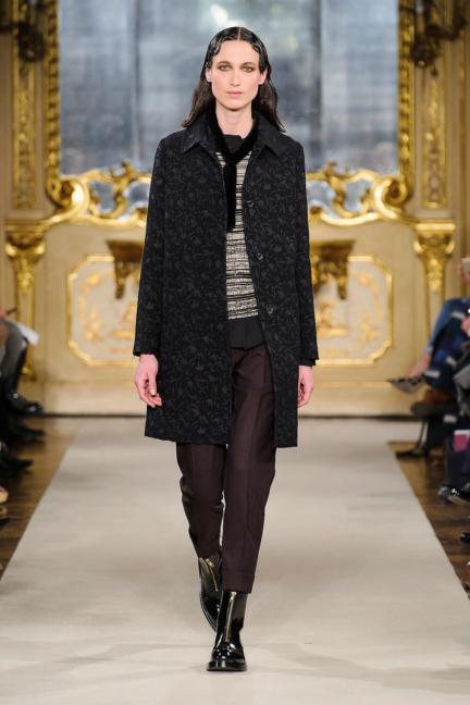 cividini-milan-fashion-week-autumn-winter-2015-2016-runway-7