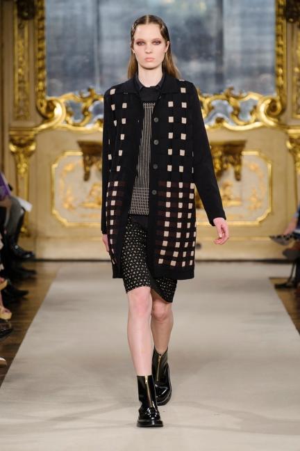 cividini-milan-fashion-week-autumn-winter-2015-2016-runway-9