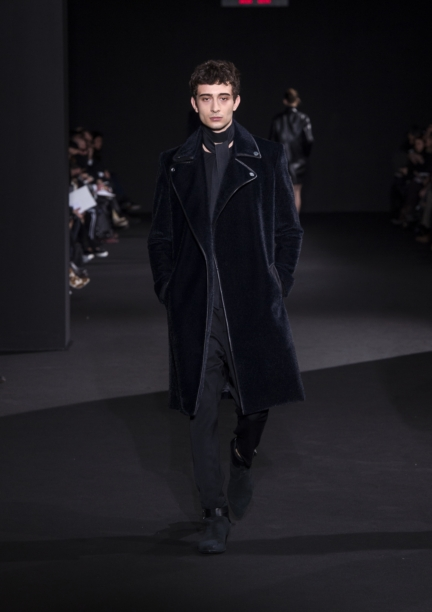 costume-national-milan-fashion-week-autumn-winter-2015-11