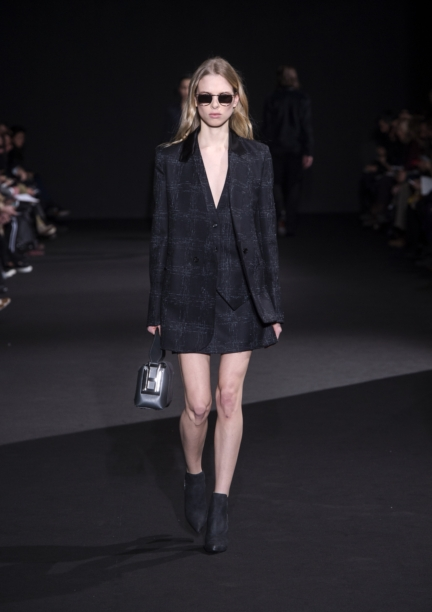 costume-national-milan-fashion-week-autumn-winter-2015-14