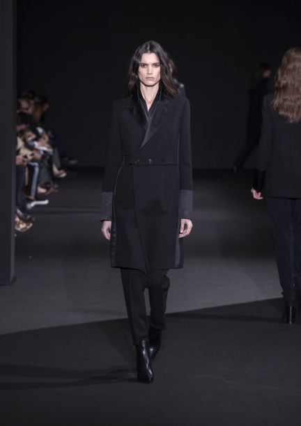 costume-national-milan-fashion-week-autumn-winter-2015-3
