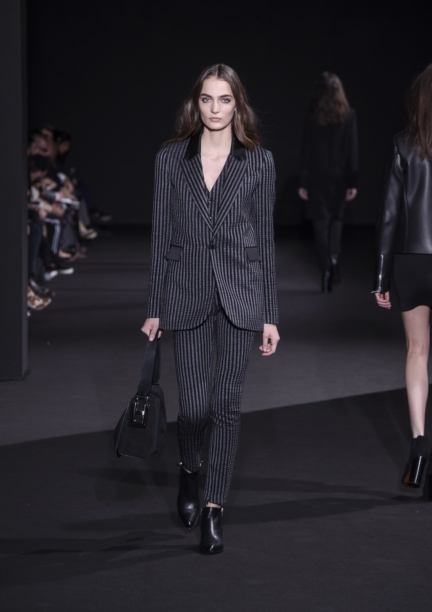 costume-national-milan-fashion-week-autumn-winter-2015-5