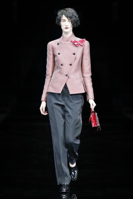 emporio-armani-womenswear-fw1fw1516_04