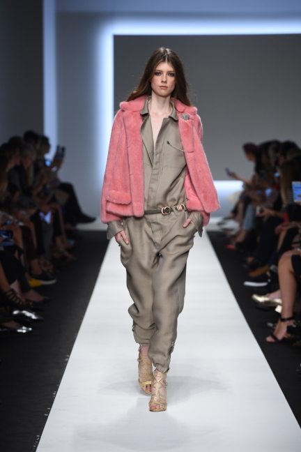 ermanno-scervino-milan-fashion-week-spring-summer-2016-runway-10