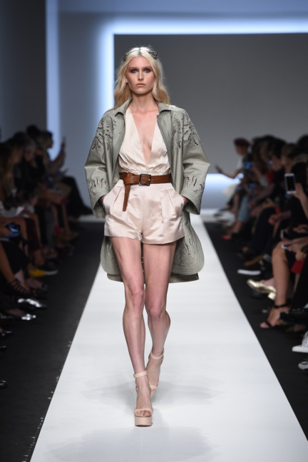 ermanno-scervino-milan-fashion-week-spring-summer-2016-runway-13
