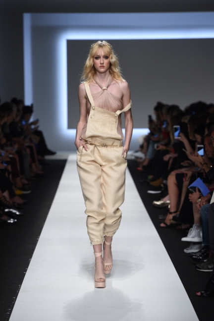 ermanno-scervino-milan-fashion-week-spring-summer-2016-runway-6