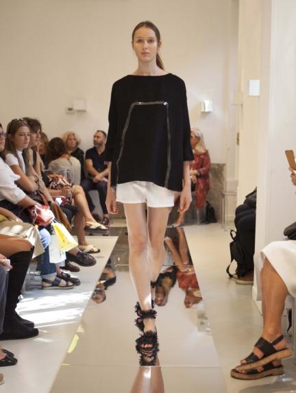 gianluca-capannola-milan-fashion-week-spring-summer-2016-runway-14