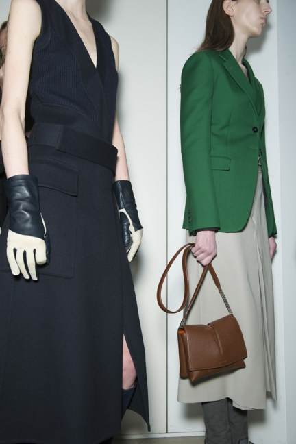 jil-sander-milan-fashion-week-autumn-winter-2015-backstage-14