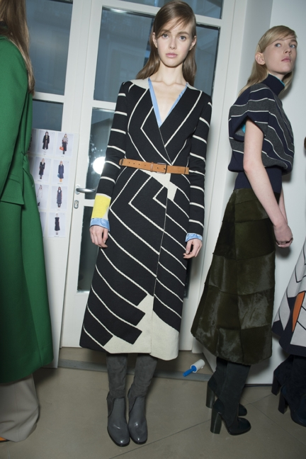 jil-sander-milan-fashion-week-autumn-winter-2015-backstage-15