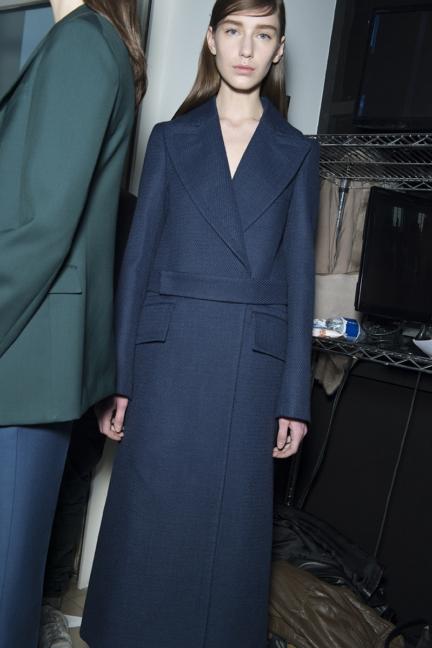 jil-sander-milan-fashion-week-autumn-winter-2015-backstage-17