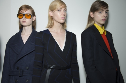 jil-sander-milan-fashion-week-autumn-winter-2015-backstage-21