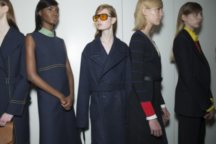 jil-sander-milan-fashion-week-autumn-winter-2015-backstage-22