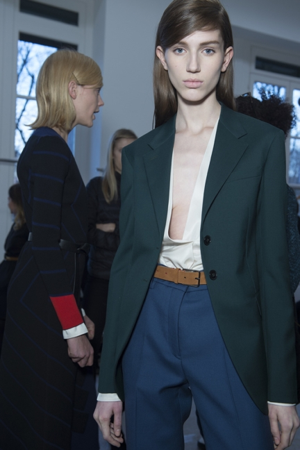 jil-sander-milan-fashion-week-autumn-winter-2015-backstage-30