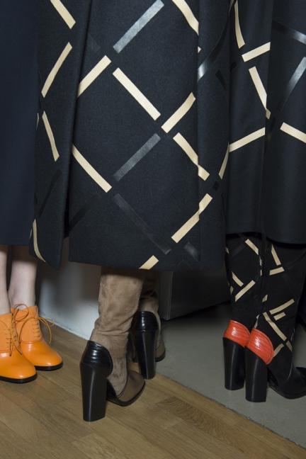 jil-sander-milan-fashion-week-autumn-winter-2015-backstage-35