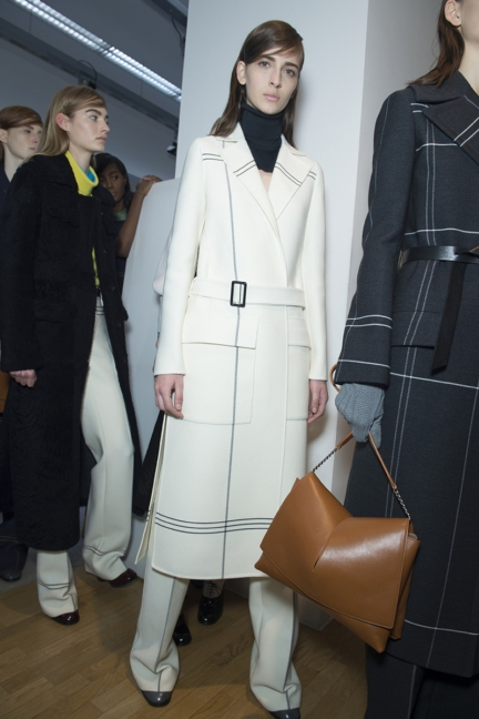 jil-sander-milan-fashion-week-autumn-winter-2015-backstage-43