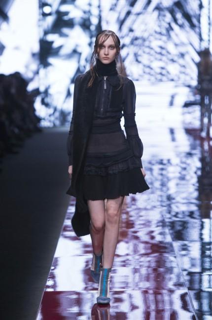 just-cavalli-milan-fashion-week-autumn-winter-2015-10
