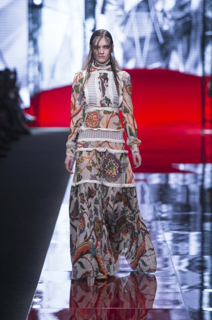 just-cavalli-milan-fashion-week-autumn-winter-2015-15