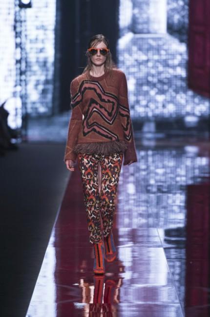 just-cavalli-milan-fashion-week-autumn-winter-2015-21
