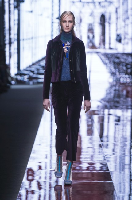 just-cavalli-milan-fashion-week-autumn-winter-2015-3
