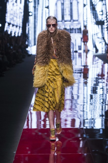 just-cavalli-milan-fashion-week-autumn-winter-2015-32
