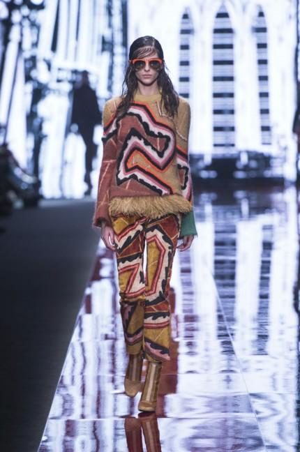 just-cavalli-milan-fashion-week-autumn-winter-2015-34