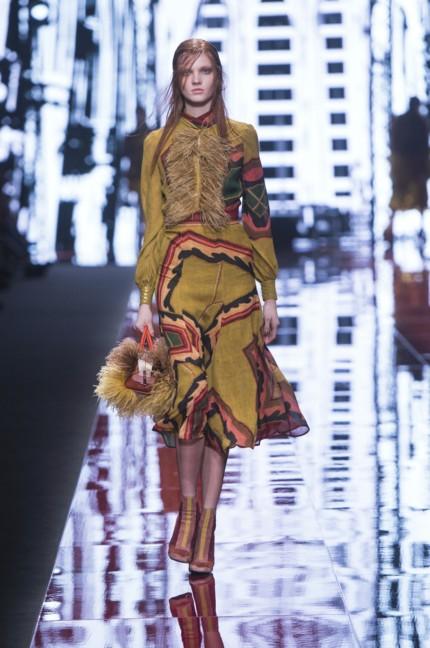 just-cavalli-milan-fashion-week-autumn-winter-2015-35
