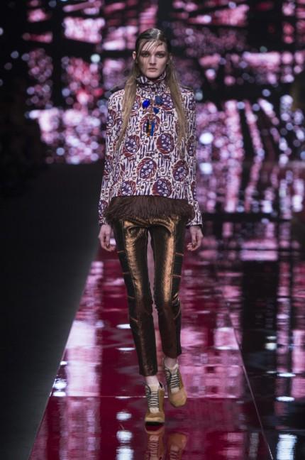 just-cavalli-milan-fashion-week-autumn-winter-2015-42