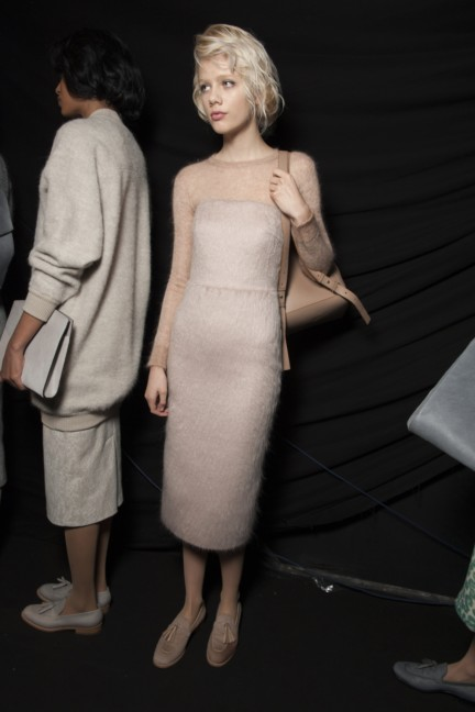 maxmara-milan-fashion-week-autumn-winter-2015-backstage-100