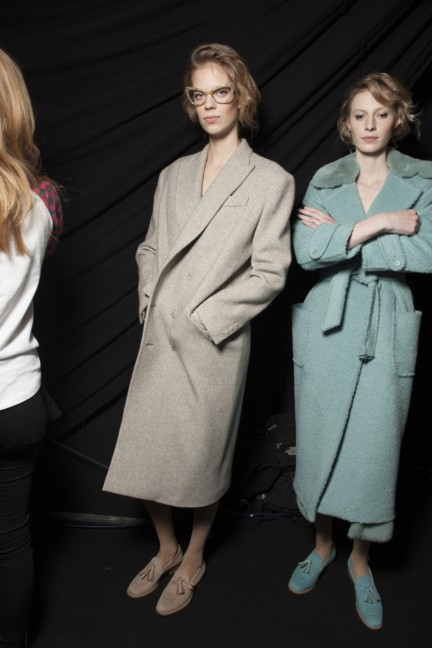 maxmara-milan-fashion-week-autumn-winter-2015-backstage-102