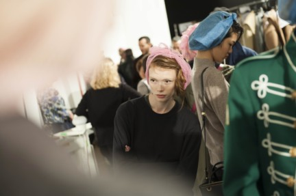 maxmara-milan-fashion-week-autumn-winter-2015-backstage-28