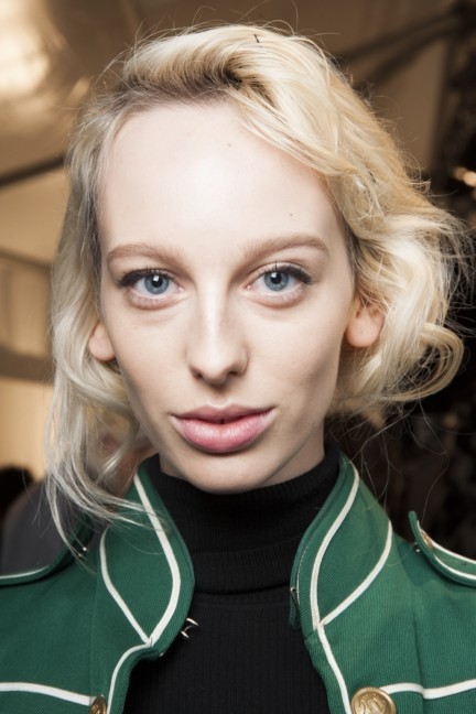 maxmara-milan-fashion-week-autumn-winter-2015-backstage-47